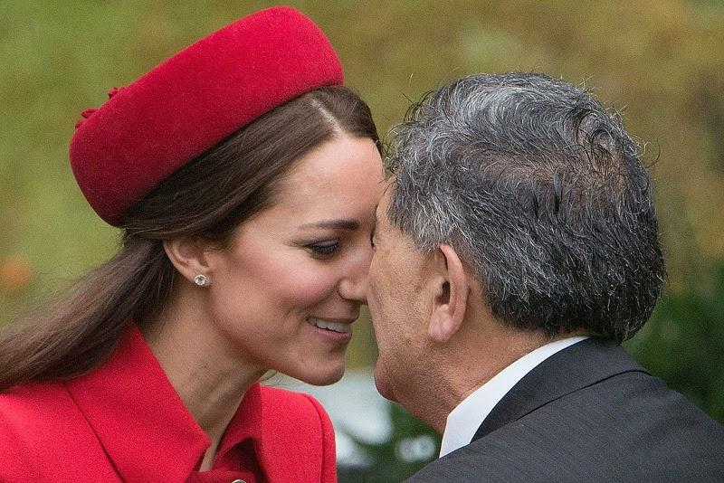 Gosok hidung, Selandia Baru
