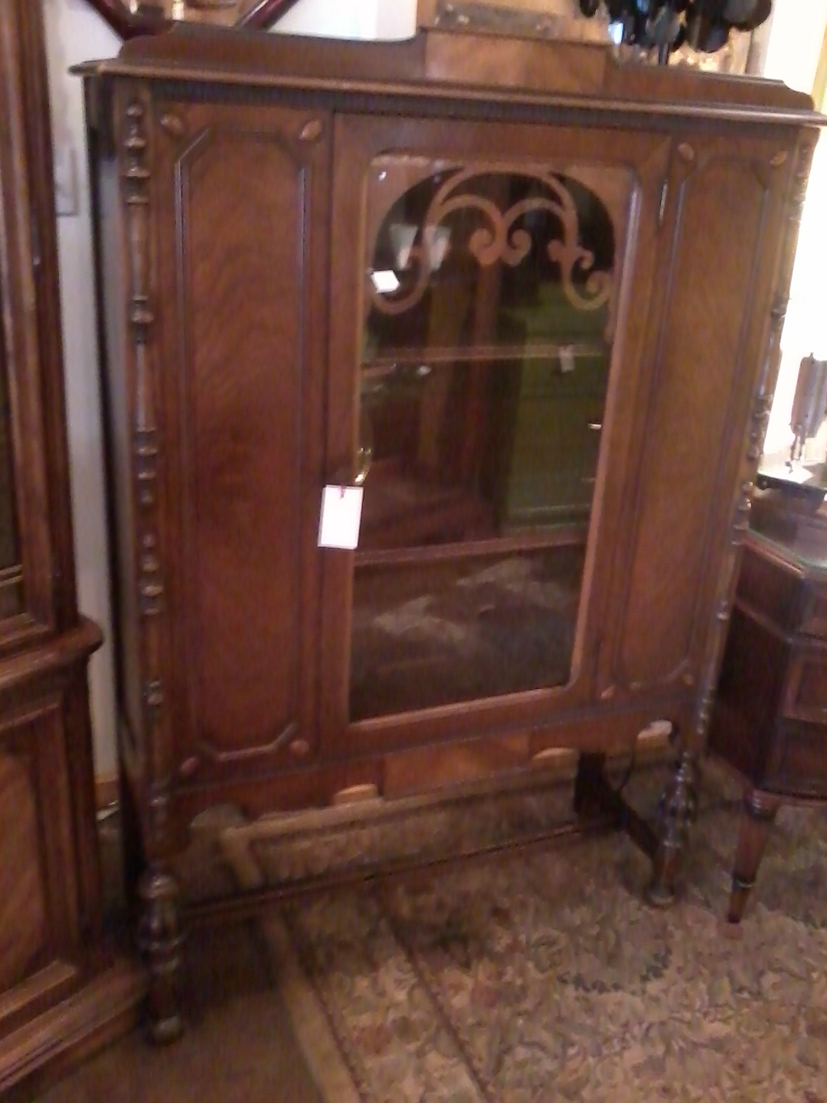 1920s Antique Curio Cabinet - Chic & Unique Furniture: 1920s Antique Curio Cabinet
