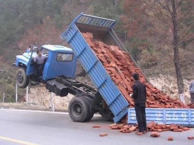 Wheeling de camion, cascade de malade !