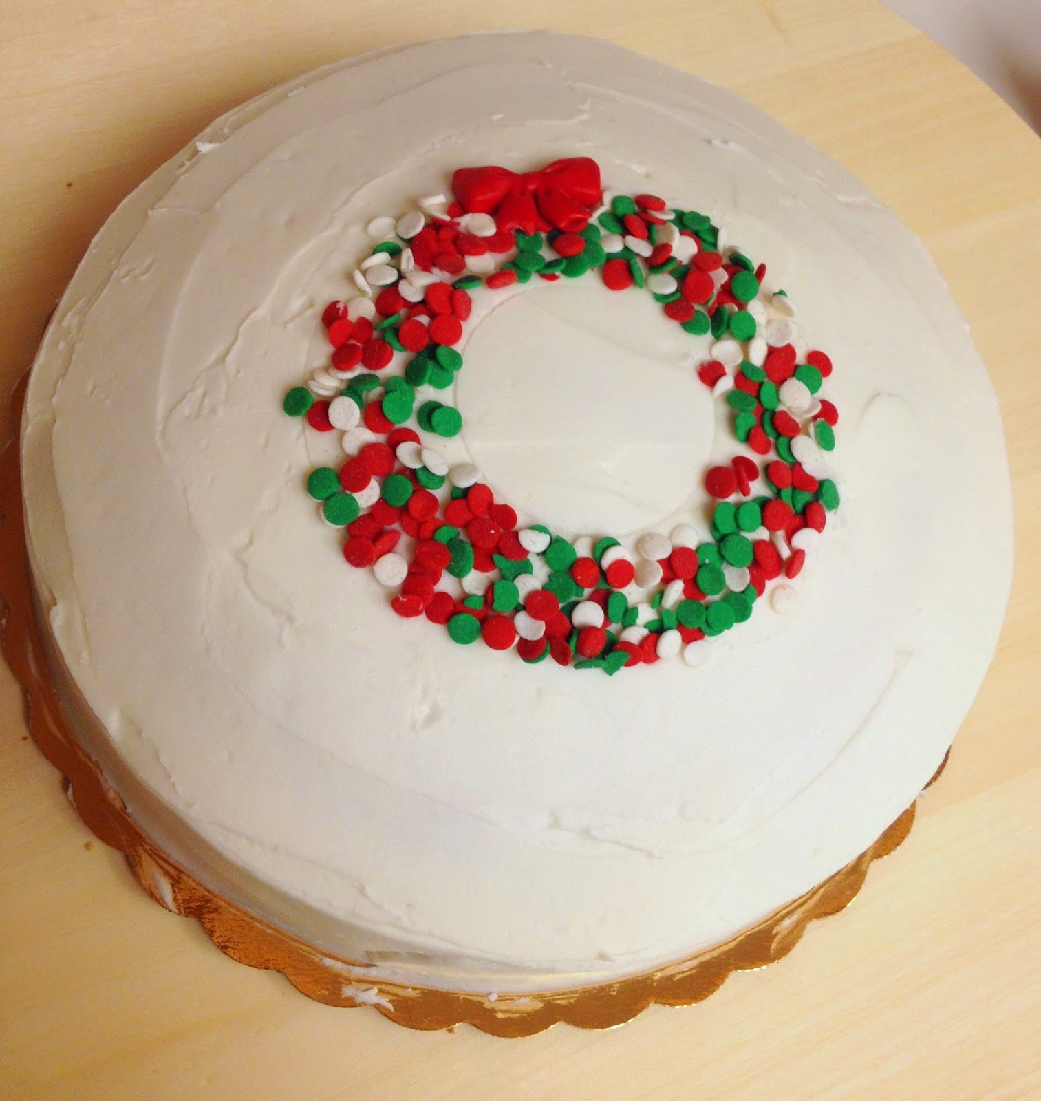 Cake talk cute easy christmas cake for Cute simple cakes