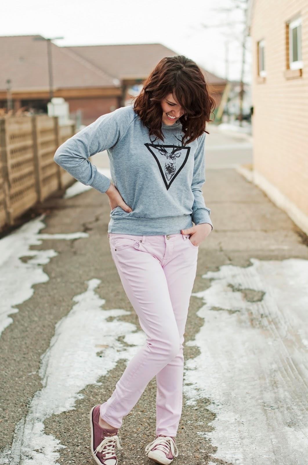 brickyard buffalo sweater & pink jeans