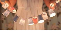 DIY: Farolillos hechos con Vasos de Papel y Luces de Navidad