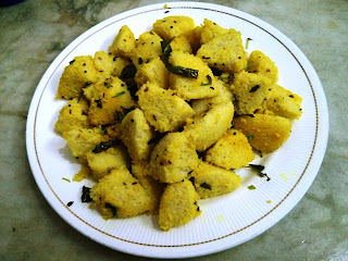 Cocktail Idli - Made from left out cold Idlis