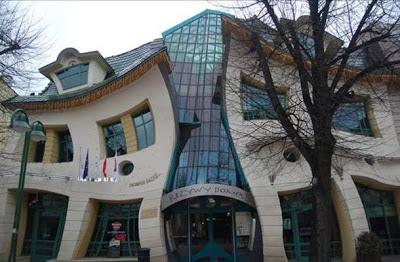 El Crooked House (Sopot, Polonia). los edificios mas extraños del mundo. Edificios extraños