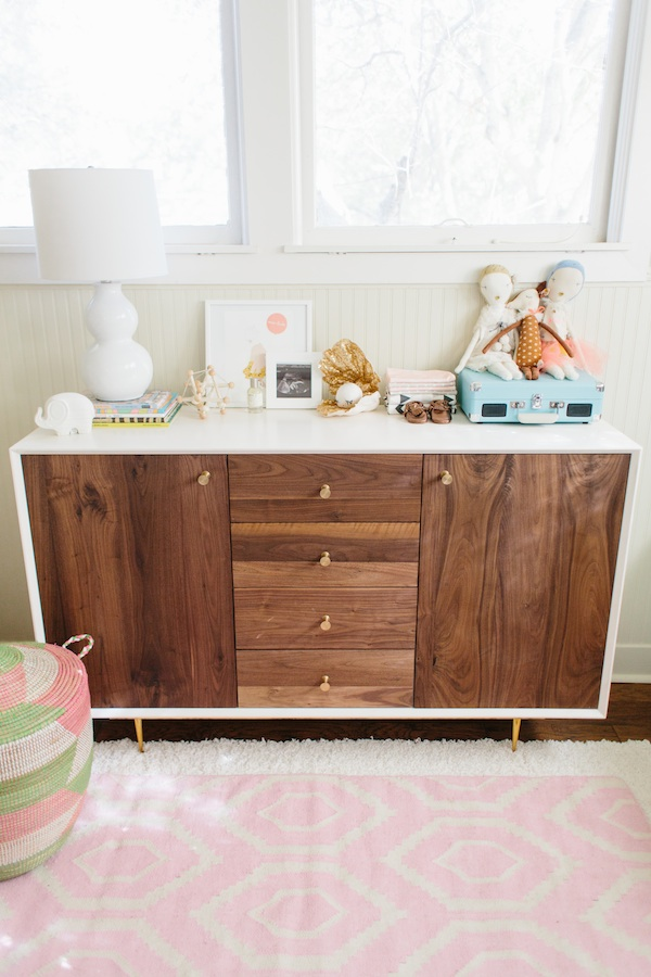 I Love That She Chose To Incorporate A Mid Century Modern Wooden Dresser In The Room And How Adorable Are Decorative Accessories On Top