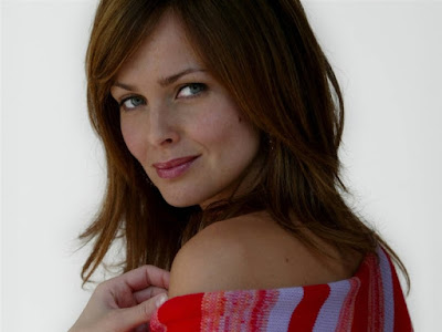 Golden Eye Actress Izabella Scorupco Wallpaper