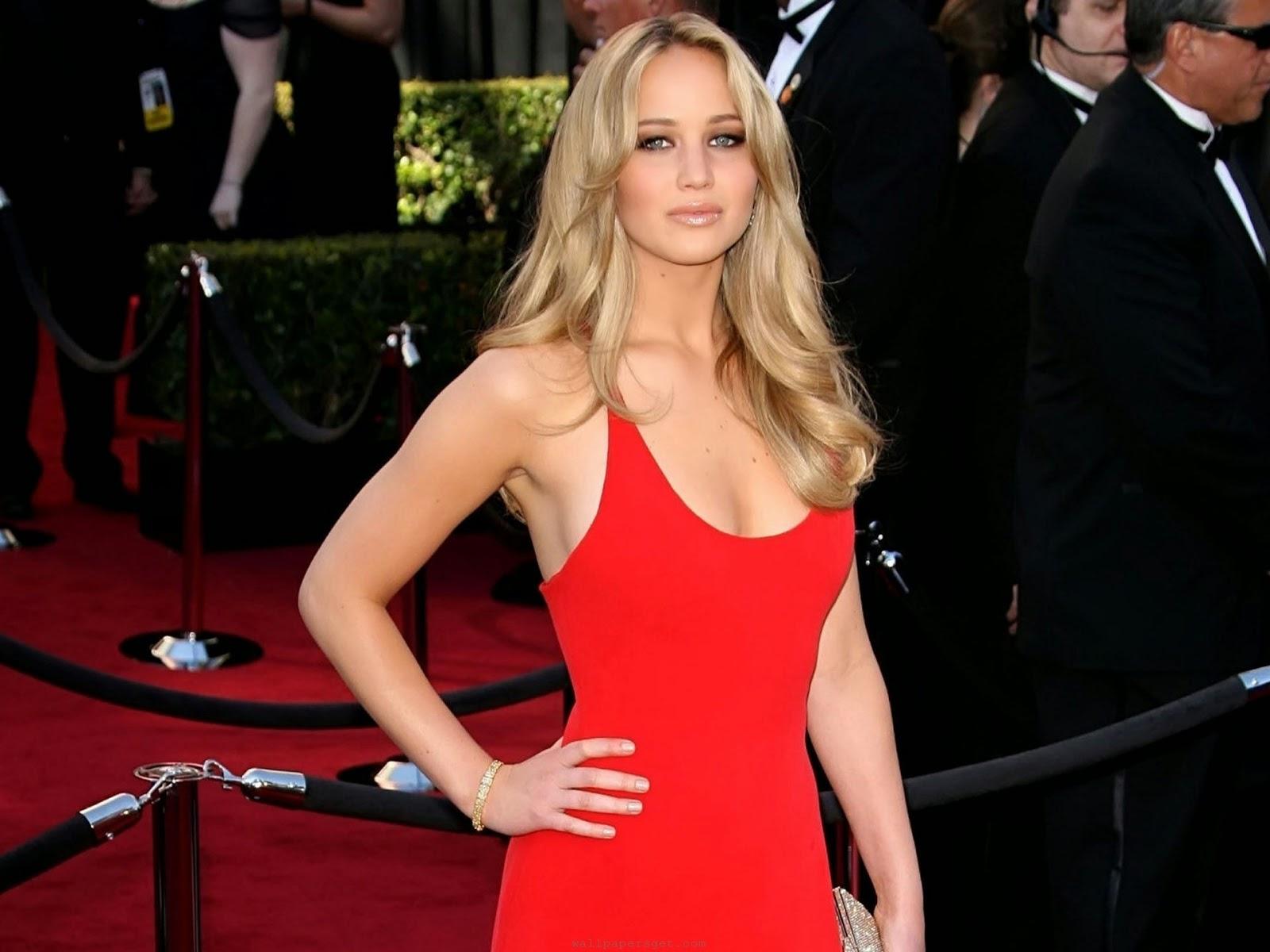 Beautiful Jennifer Lawrence in Red Dress Wallpaper