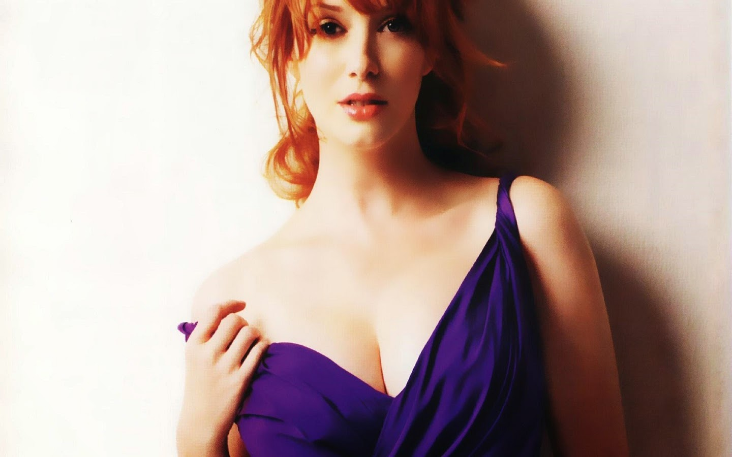 CHRISTINA HENDRICKS_WALLSTOWN_IN_HOLLYWOOD ACTRESS_HOLLYWOOD CELEBRITIES