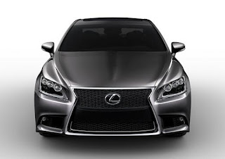 Lexus Large drips with pop, luxury