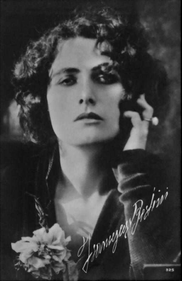 Vicsmuse italian divas of silent film - Dive italiane nude ...
