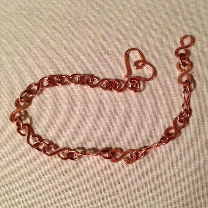 Infinity Wire Link Bracelet with Heart Clasp Tutorial - The Beading ...