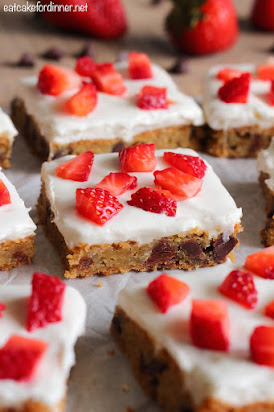 Chocolate Chip Cookie Cheesecake Bars with Strawberries