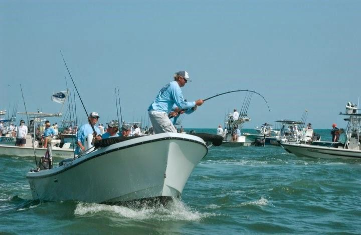 Useppa people lifestyles tarpon time at useppa island for Boca grande tarpon fishing