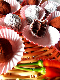 Dolci golosità: Tartufini al cioccolato con peperoncino di Calabria