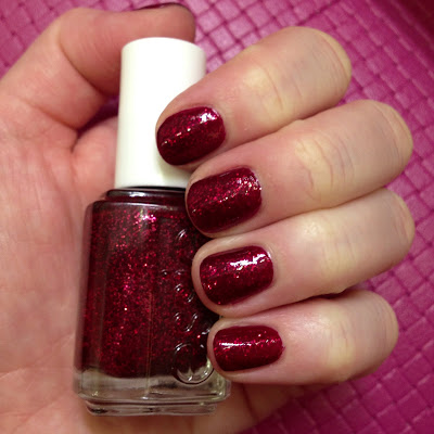 Essie, Essie nail polish, Essie manicure, Essie pedicure, Essie Flagship Salon at Samuel Shriqui, Essie salon, Samuel Shriqui, salon, spa, Salon and Spa Directory, salon review, manicure, pedicure, nail, nails, nail polish, polish, lacquer, nail lacquer, Essie Leading Lady, Essie Winter 2013 Collection
