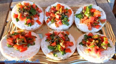 gallette di riso pomodori e acciughe