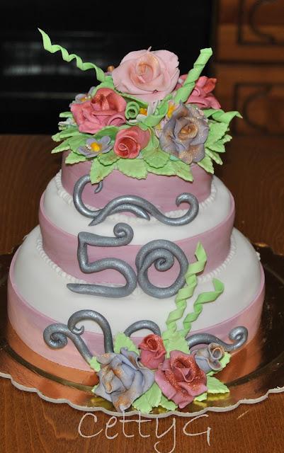 Eccezionale Le torte decorate di Cetty G: Torta a tre piani 50 anni in pasta  AQ66