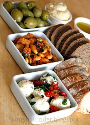 mozzarella-beans-olives