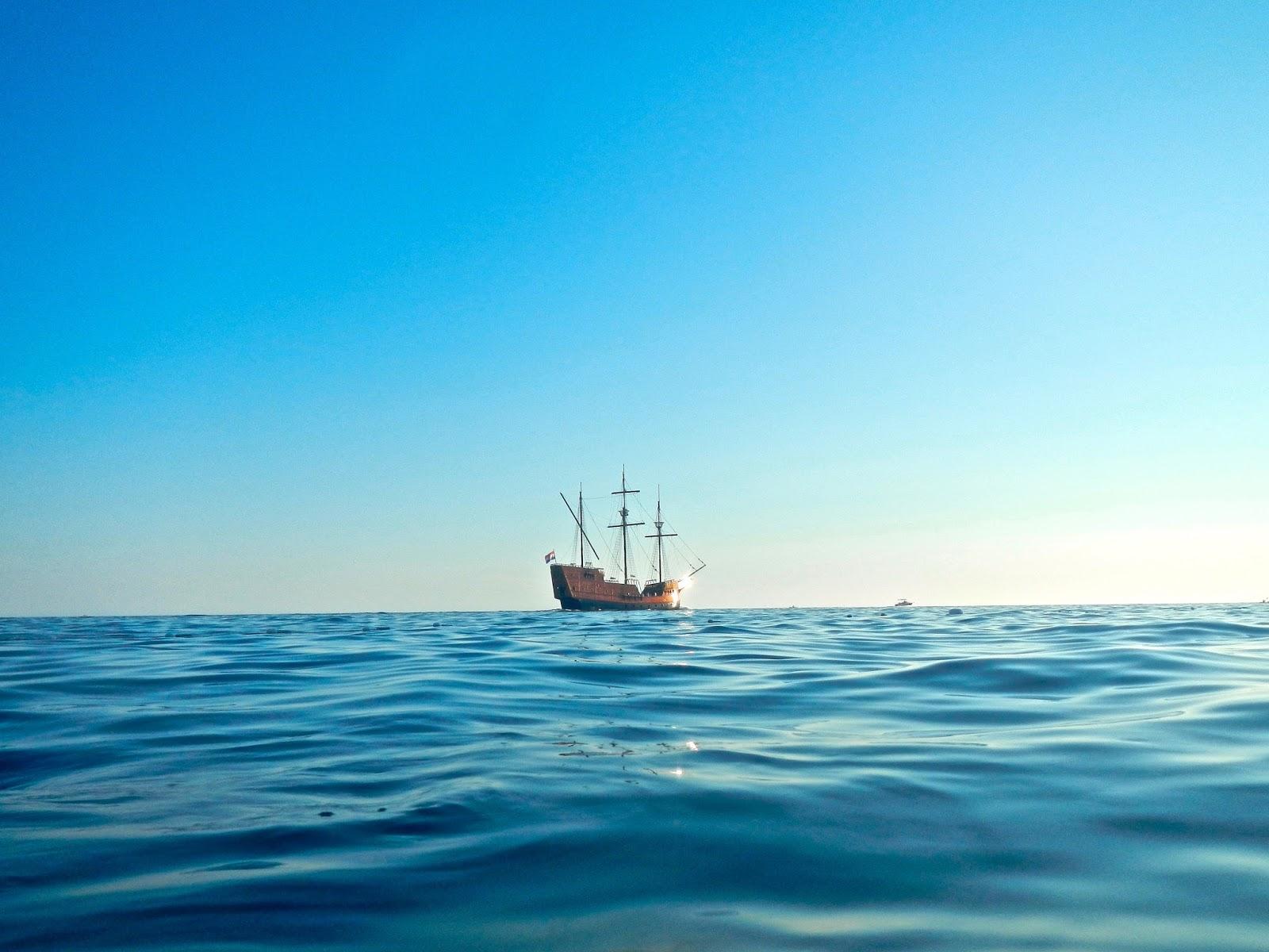 Best things to do in Dubrovnik : Karaka cruise