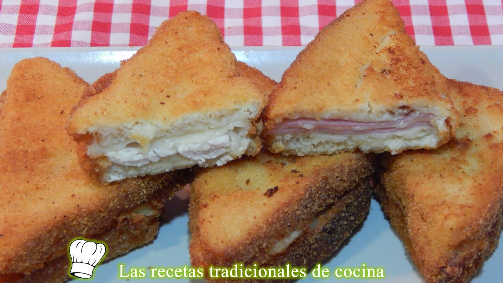 Croque monsieur o sandwich Monte cristo