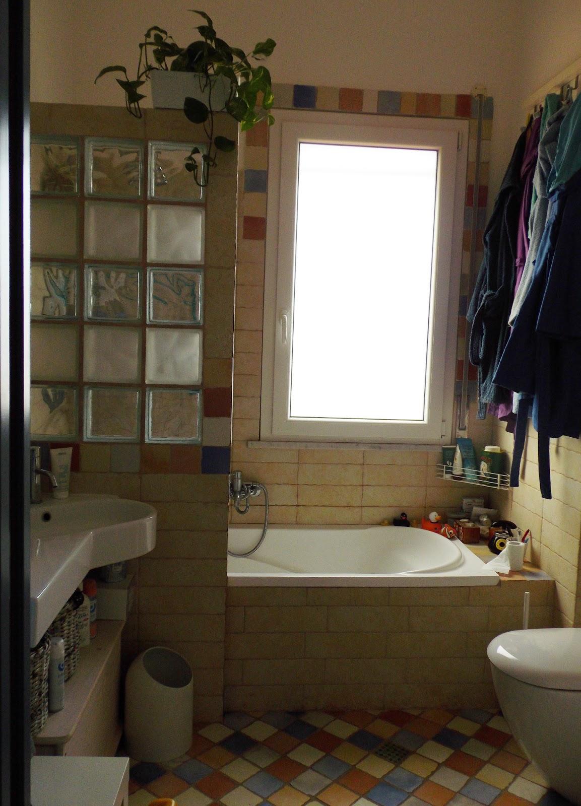 Casa dolce caos il bagno su - Mattoni vetrocemento per doccia ...