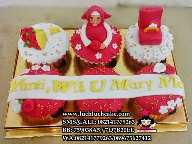 Cupcake Merah Untuk Lamaran Daerah Surabaya - Sidoarjo