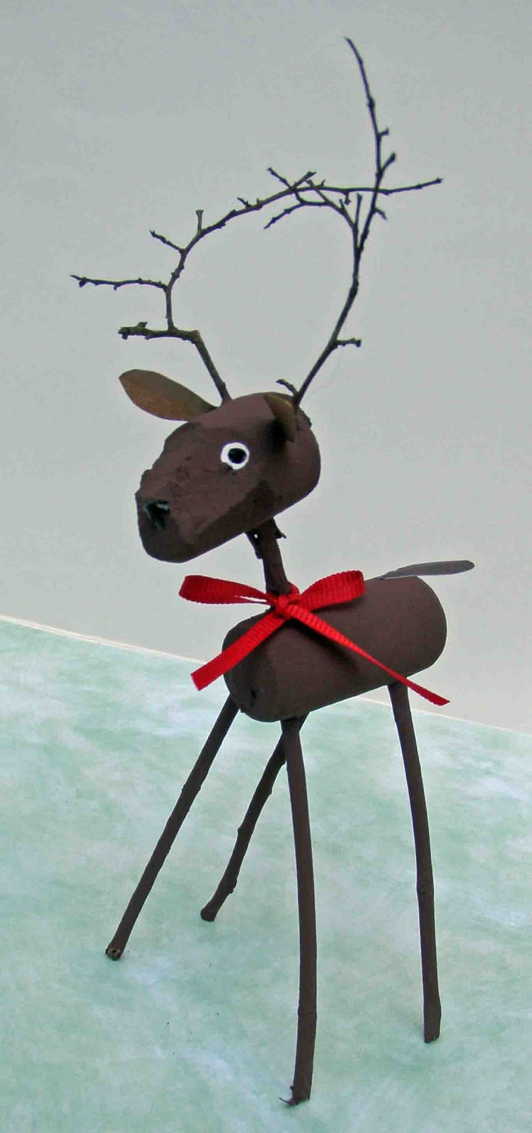 Crack of dawn crafts reindeer cork craft for Reindeer project