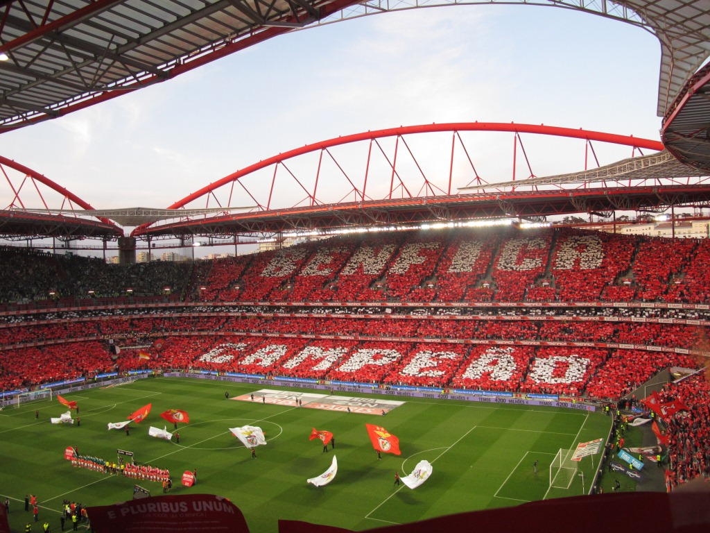 Justi a benfiquista est dio da luz for Piso 0 estadio da luz