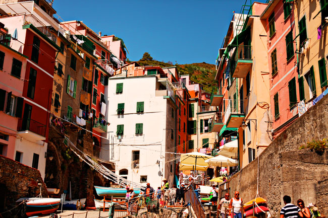 Riomaggiore, Italy, Villages to visit in Italy, Towns to visit in Italy, Places to visit in Italy, Cinque Terre, Cinque Terre Trail, Colorful Italy