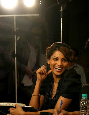 Bollywood star Bipasha Basu at the Vero Moda model auditions_Filmy Fun