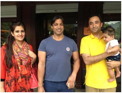 Shoaib Akhter - Pakistan Celebrities voted for Pakistan