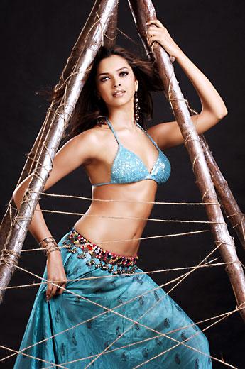 Deepika Padukone - Deepika Padukone Very Hot Pics