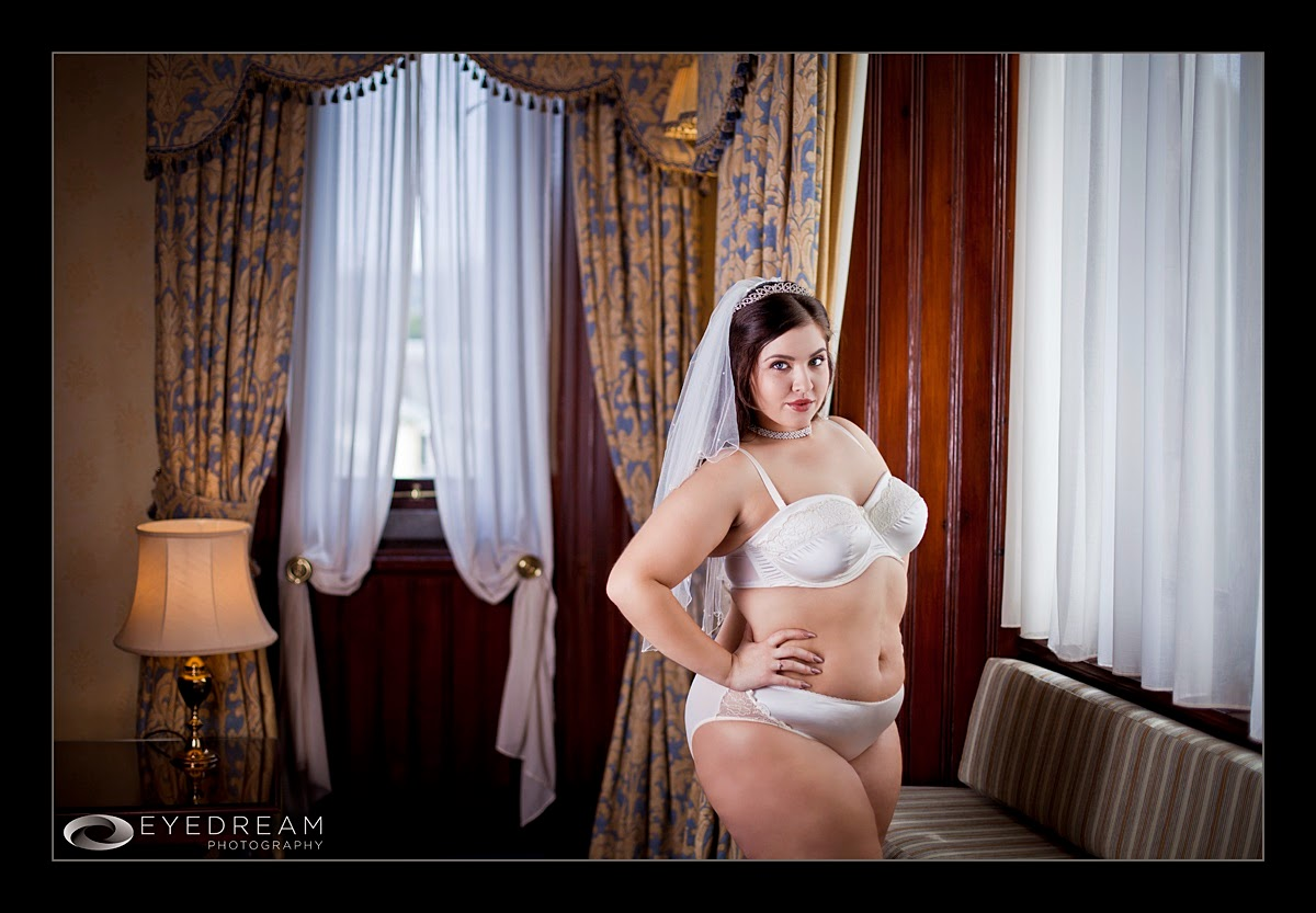 http://www.moonriselingerie.co.uk/womens-underwear/index.php?item_id=1129
