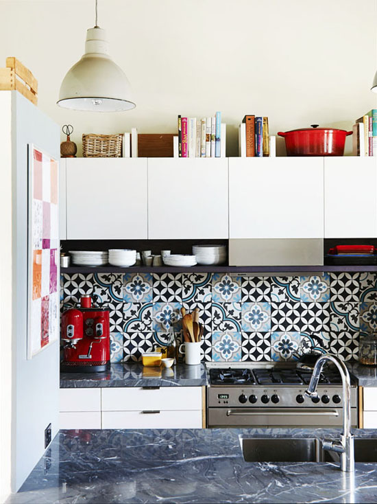 Patterned tiles splashback kitchen ©Eve Wilson via The Design Files
