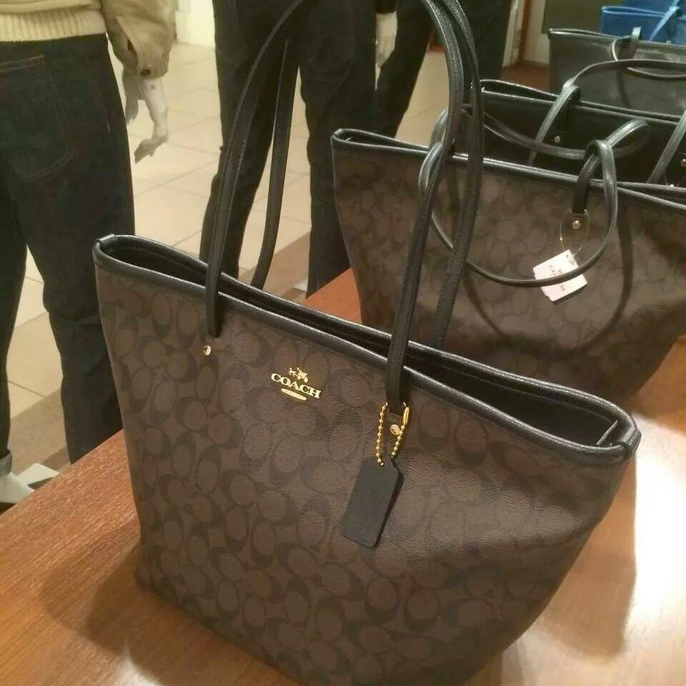 Branded And Beautiful January 2015 Coach Small Margot Carryall In Signature Canvas F34608 Street Zip Tote 34104