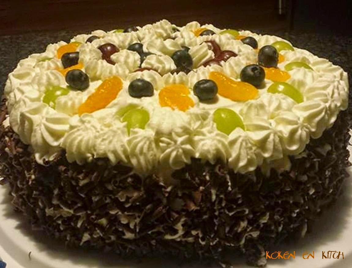 biscuittaart versieren met fruit