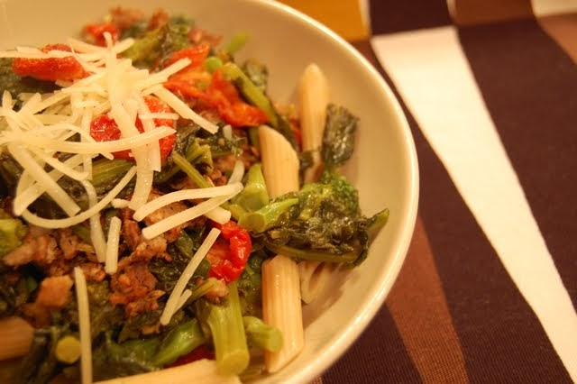 ... Spice: Spice in the Kitchen: Broccoli Rabe & Sun Dried Tomatoes Pasta