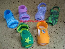 Sandálias de bebê - 7cm de tamanho- Lembrancinha de maternidade