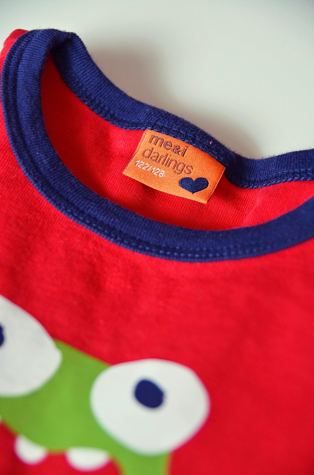 me&i, meandi, tröja, röd, darling, ökotex, barnkläder