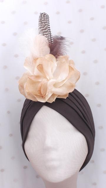 Colección Cumbres - Turbante chocolate Flor
