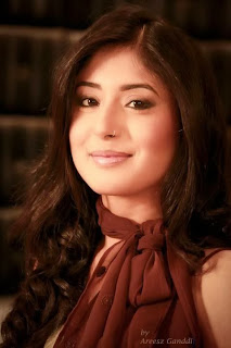 Kritika Kamra HD Wallpapers lovely Exclusive 2014 Pics