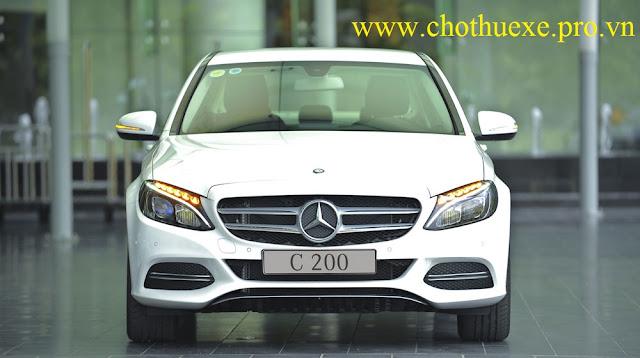 Cho thuê xe 4 chỗ Mercedes Benz C200 sedan hạng sang