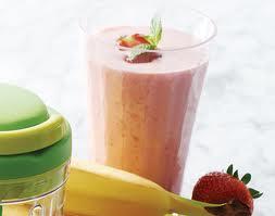 Batido de fresa y banana para el desayuno