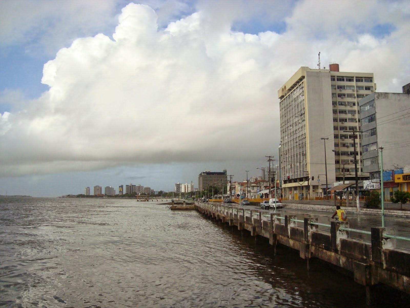 Adolescente de 17 anos morre afogado no Rio Sergipe