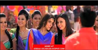 Asin hot in Bol Bachchan
