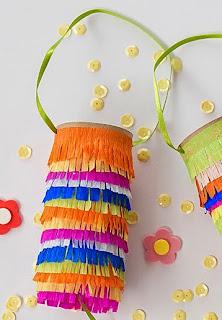 http://www.guiademanualidades.com/mini-pinatas-con-tubos-de-carton-32042.htm