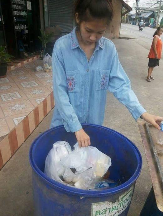 Gambar Miss Thailand Miss Uncensored 2015 Anak Pengutip Sampah