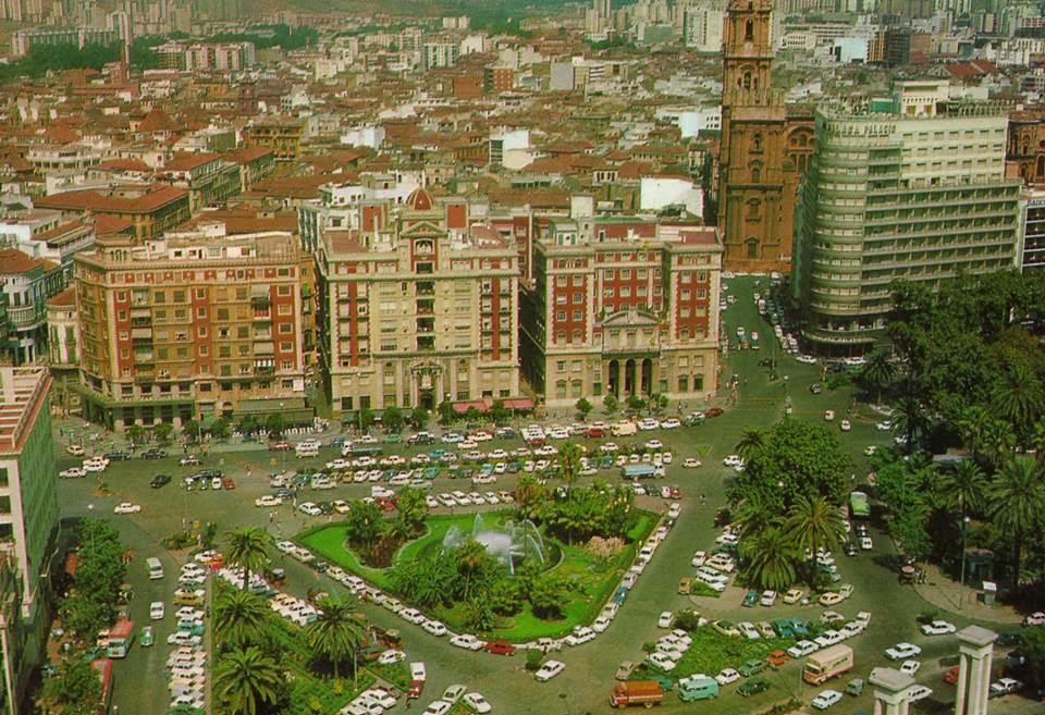 La Málaga de ayer - Página 3 PLAZA+DE+LA+MARINA+A%C3%91OS+90