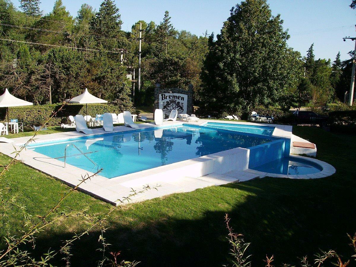Hidrorumipal piscinas marzo 2012 for Hotel con piscina en cordoba