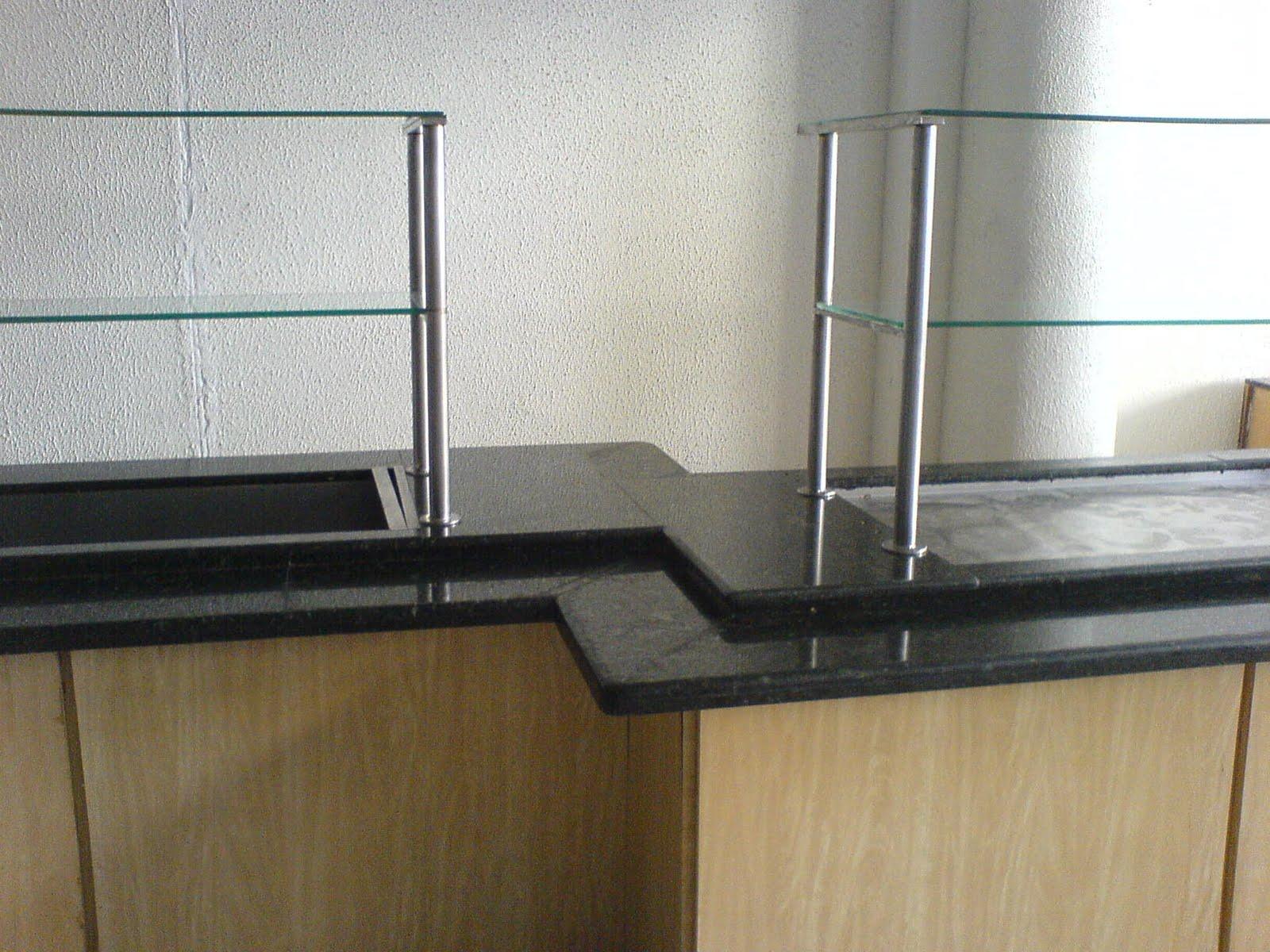 Balcão passa prato! Verde Ubatuba borda dupla e dois níveis! #5F4C2E 1600x1200 Balcao Banheiro Fabrica
